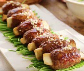 Món thịt bò băm bao nấm đùi gà sốt chua ngọt