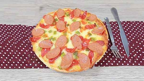Món bánh pizza bằng chảo chống dính ngay tại nhà