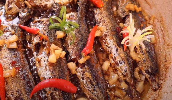 Món cá nục kho tiêu không tanh đậm đà hương vị