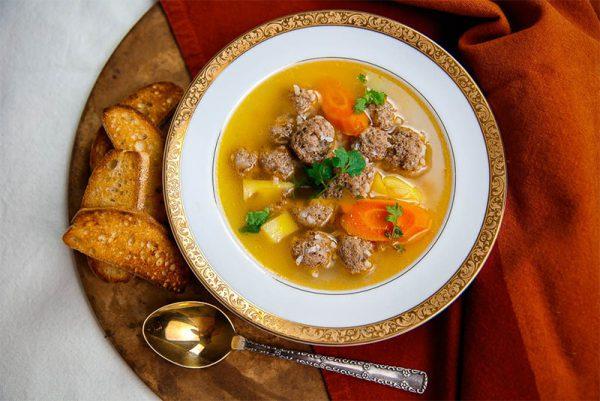 Món canh khoai tây thịt bò bổ dưỡng cho cả nhà