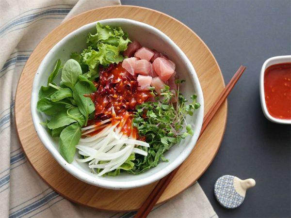Món salad cá ngừ rau mầm bổ dưỡng lại dễ làm