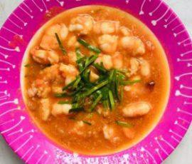 Món tôm sốt cà chua đơn giản dễ làm cho bé