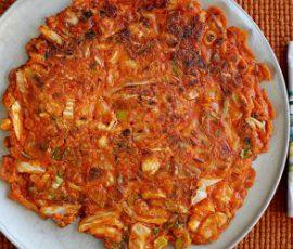 Món bánh kim chi chiên Hàn Quốc ngon giòn rụm