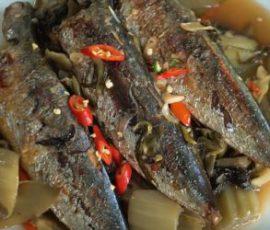Món cá mòi kho dưa chua vừa ngon vừa dinh dưỡng