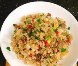 Món cơm chiên cua của người Hoa đơn giản tại nhà