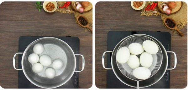 Luộc trứng vịt lộn