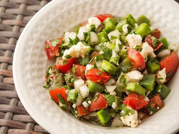 Món salad xương rồng lạ miệng cực tốt cho sức khỏe