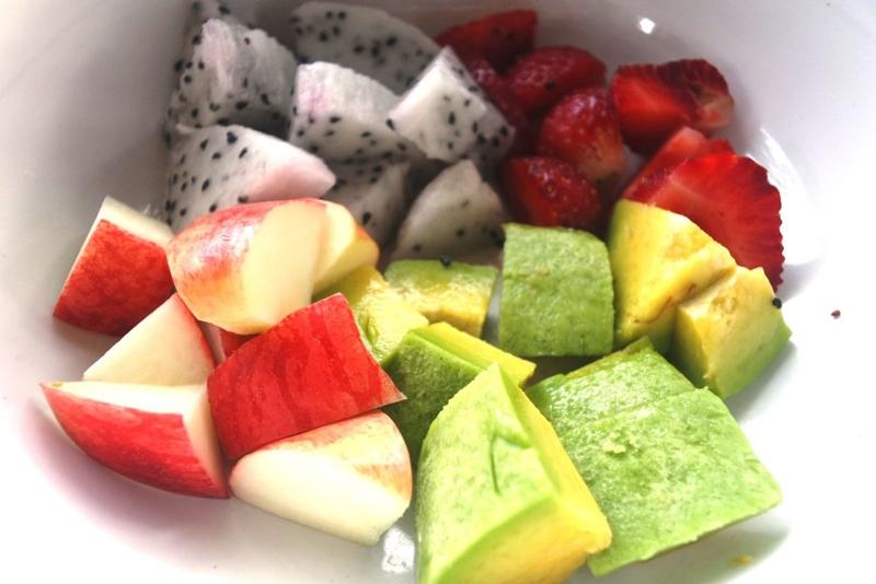Sơ chế phần nguyên liệu trái cây