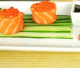 Món sushi cá hồi chuẩn vị Nhật đơn giản tại nhà