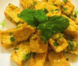 Món đậu hũ non sốt trứng muối ngon hấp dẫn