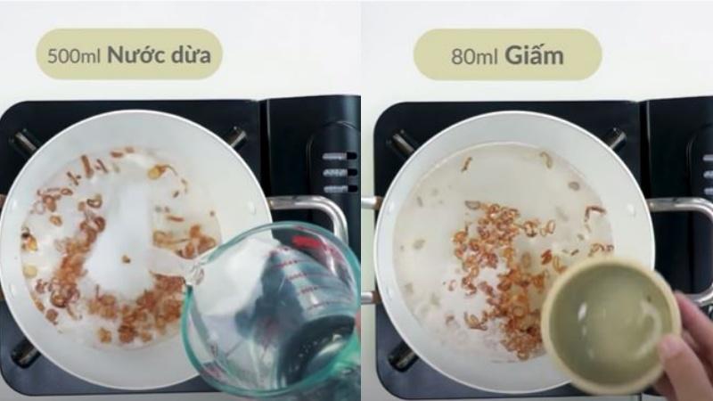 Nấu nước giấm để nhúng mực