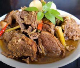Món vịt giả cầy mang hương vị đặc trưng