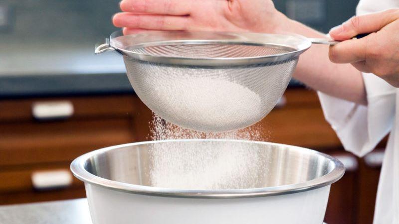 Rây lọc bột mì cho mịn