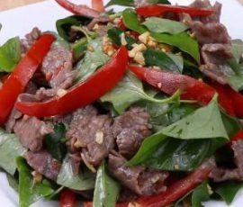 Món bò trộn rau diếp cá cực tốt cho sức khỏe
