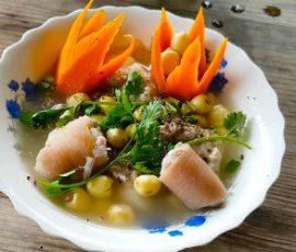 Món đuôi heo hầm hạt sen bổ dưỡng ăn lần là ghiền