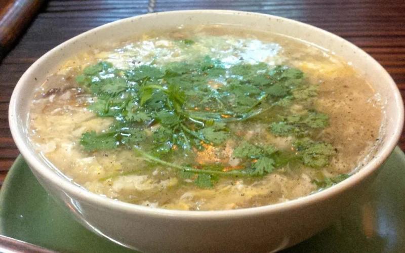 Món súp gà nấm tuyết ngon khó cưỡng